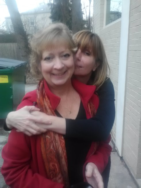 """my facebook friend lesley riley is someone i wasn't blessed to have as my friend in 2011.  she came to the bat girl cave from her home in california in order to say """"hey, you're not just a facebook friend!""""  i admire her a lot and think she's adorable!"""